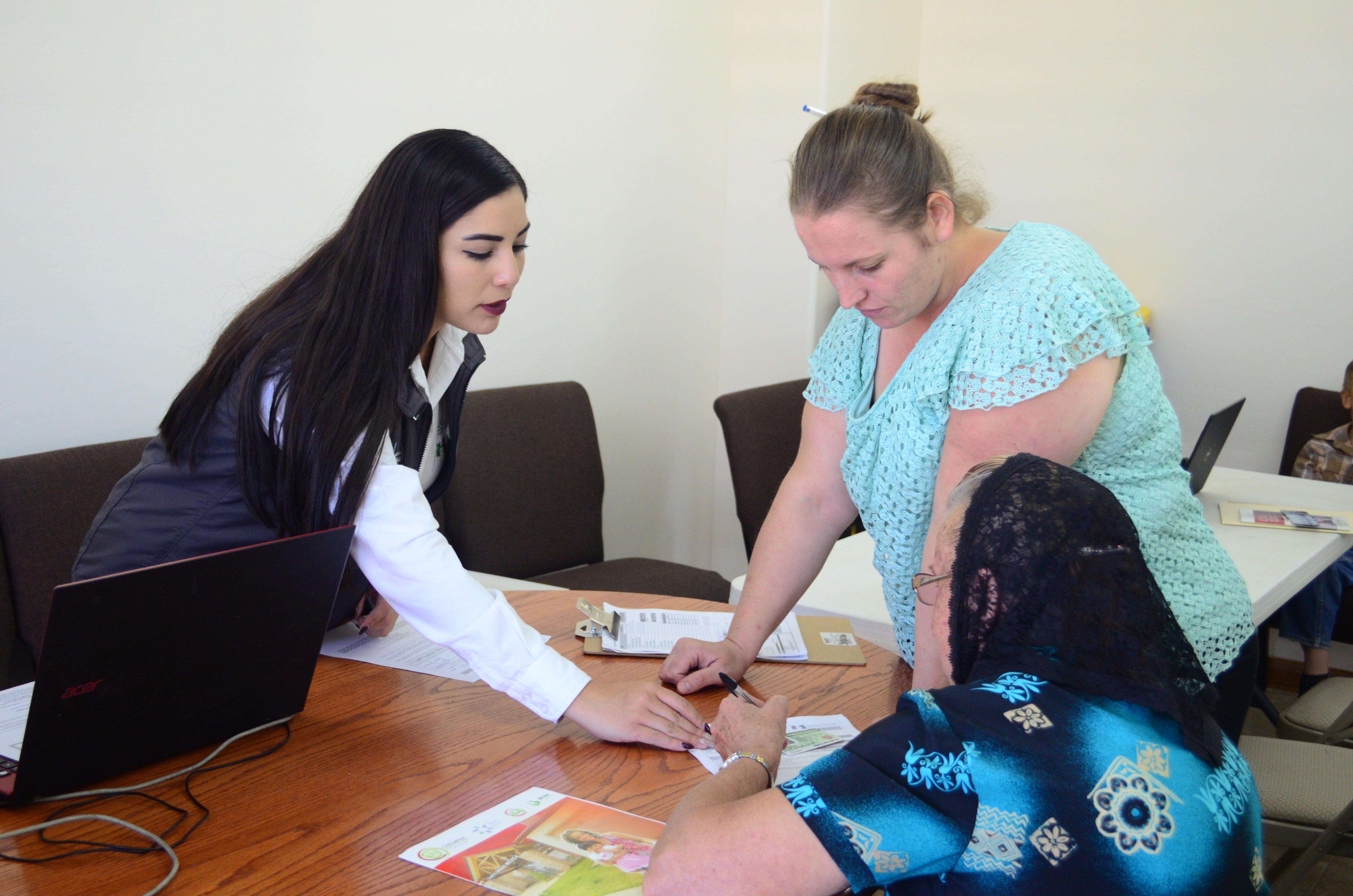 Aumenta A 10 Mil Menonitas Afiliados Al Seguro Popular